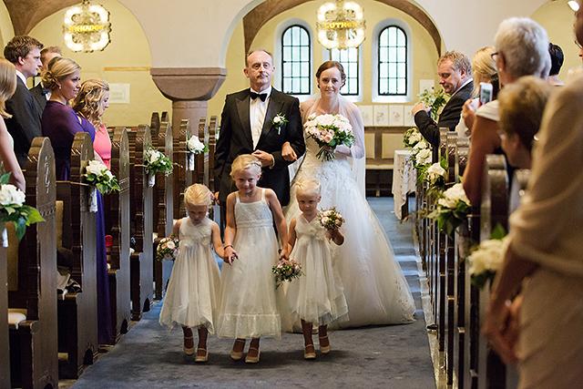Bruden på vei til alteret